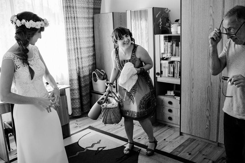 fotografia slubna milanowek 016 - Ania & Krzysiek | Ślub i wesele w Osadzie Młyńskiej