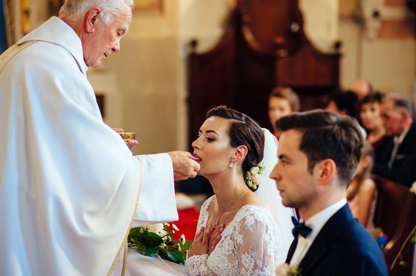 kosciol sw jakuba slub skierniewice 043 - Agata & Paweł | reportaż ślubny i sesja