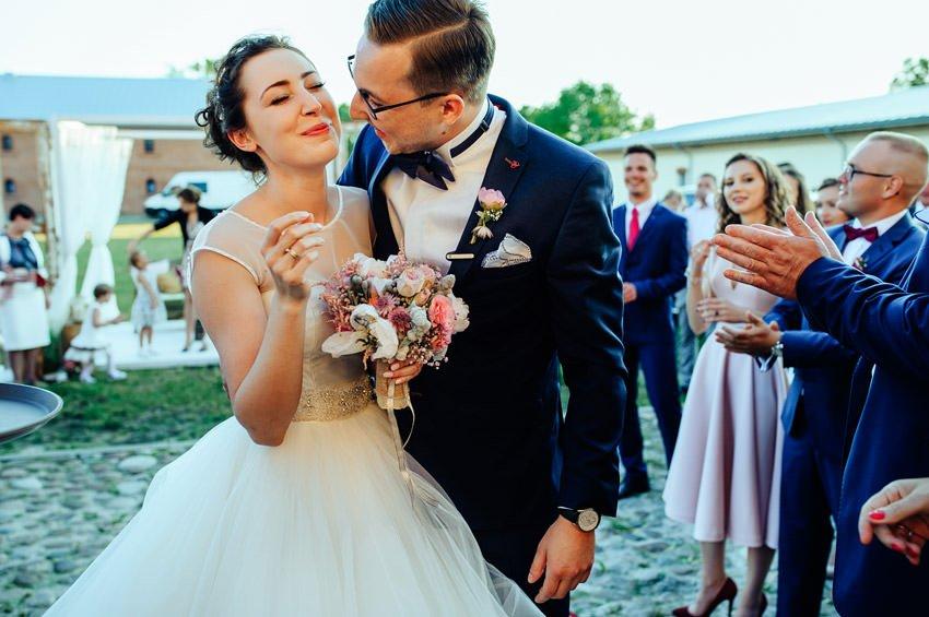 wesele sobienie krolewskie 094 - Karolina & Krzysiek | reportaż ślubny i sesja