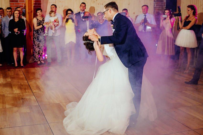wesele sobienie krolewskie 115 - Karolina & Krzysiek | reportaż ślubny i sesja